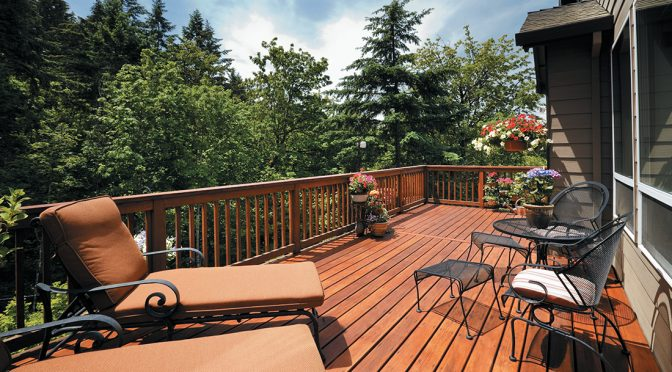 The 6 Most Popular Deck Finishes, and When and Where to Use Them